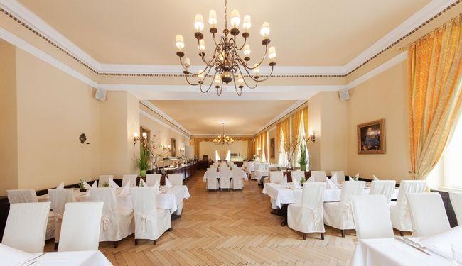 (c) Hotel Marienhof